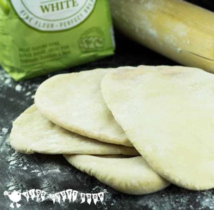 Easy Pitta Bread Recipe