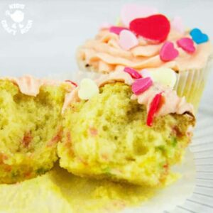 Make Valentine's Day Cupcakes. A colourful recipe for kids.