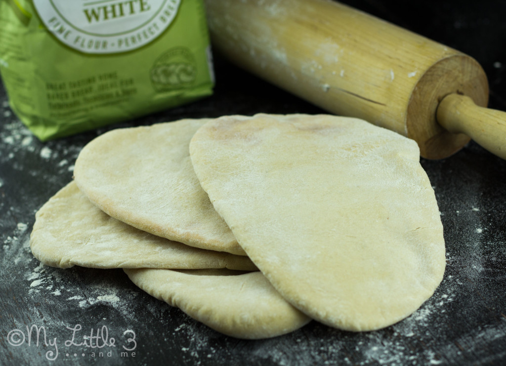 Freshly Baked Pitta Breads