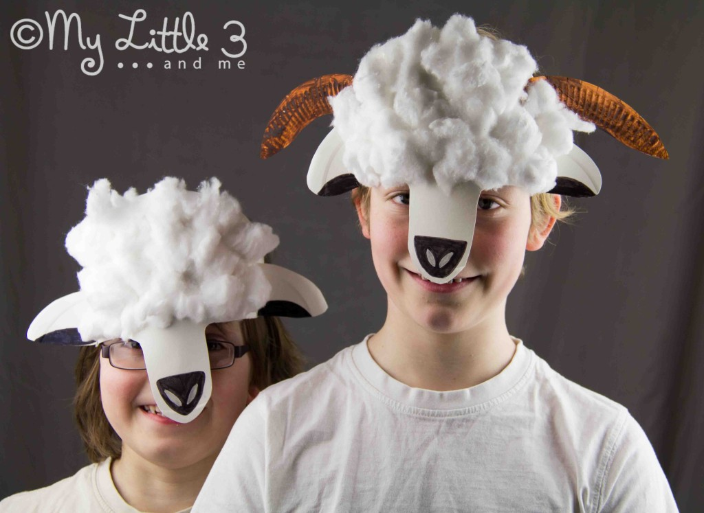 Cute Paper Plate Lamb and Sheep Masks - great for Christmas Nativity plays. From My little 3 and Me