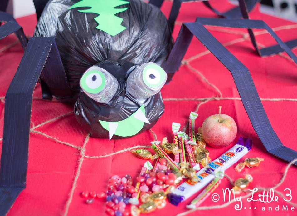 Giant Halloween Spider Craft Glow In The Dark Party Decoration