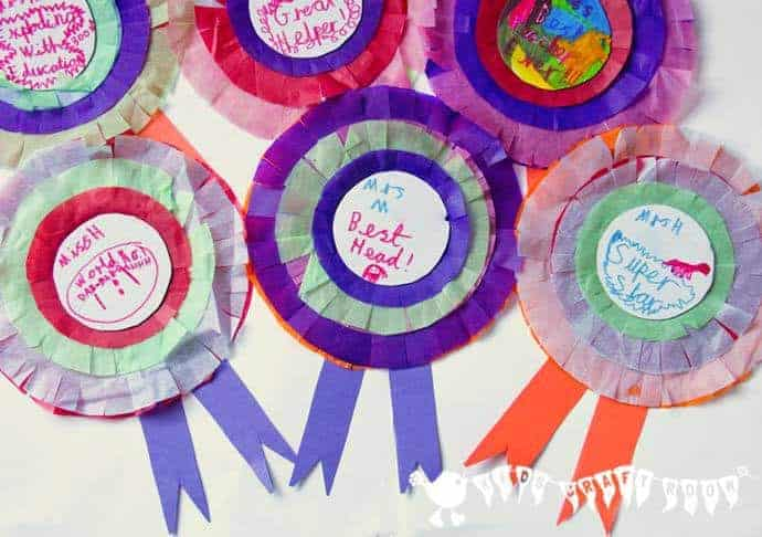 Personalised Rosettes make great Teacher Appreciation Gifts. A quick and simple paper craft gift to say thank you to teachers.