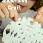 FROSTED SNOWFLAKE CRAFT - A simple Winter craft for kids with a fun sensory element.