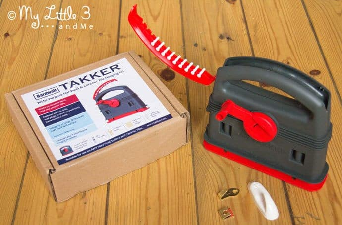 Do you hate using heavy drills and raw plugs to hang pictures? I do! I've been trying out the fab , new, lightweight Hardwall Takker instead. Here's my Hardwall Takker review.