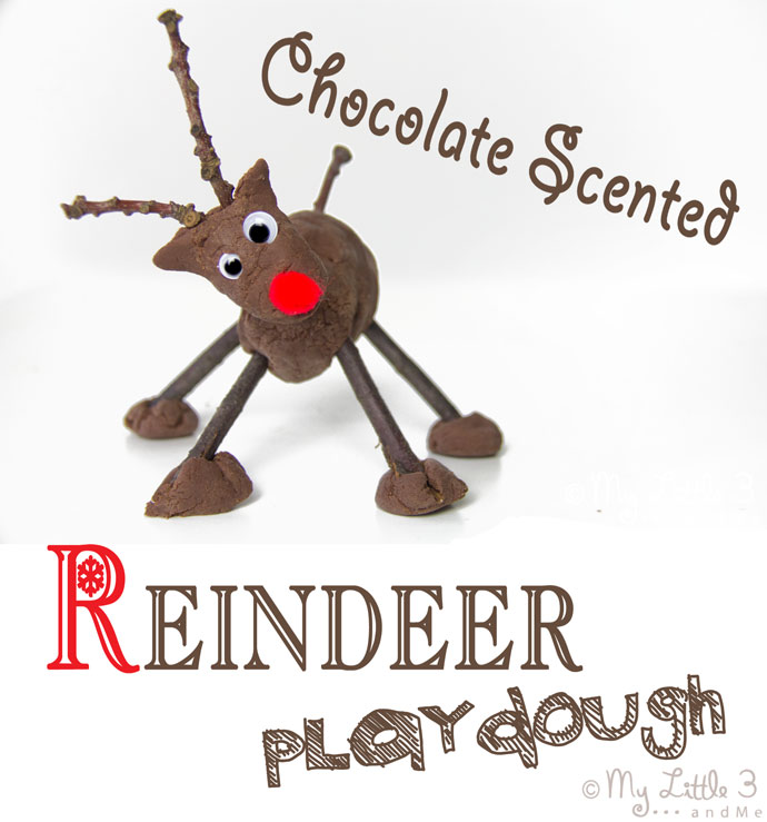 CHOCOLATE SCENTED NO-COOK PLAY DOUGH RECIPE for Christmas reindeer activities and crafts. Easy Christmas sensory play for kids.