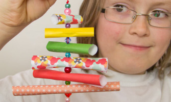 Homemade-Christmas-Decorations-for-Kids-to-Make--Paper-and-Bead-Trees