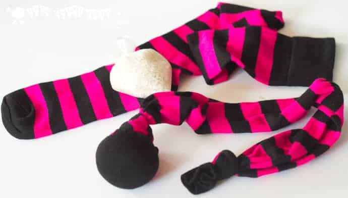 See how to make SOCK POI quickly, easily and cheaply. POI SPINNING is a fun activity for kids encouraging outside play and gross motor skills development. An exciting circus skills for kids.