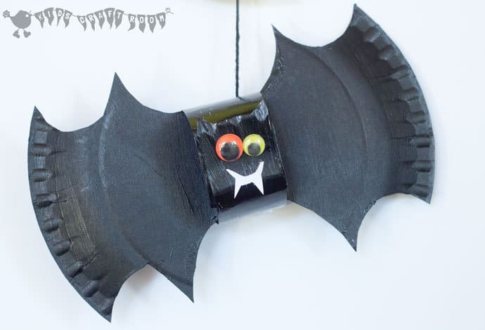 Squeak squeak let\u0027s go batty making bats! This 3D paper plate bat craft & Paper Plate Bat Craft And Mobile - Kids Craft Room