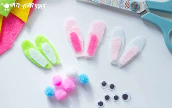 Making-Ears-For-Bunny-Rabbit-Finger-Puppets