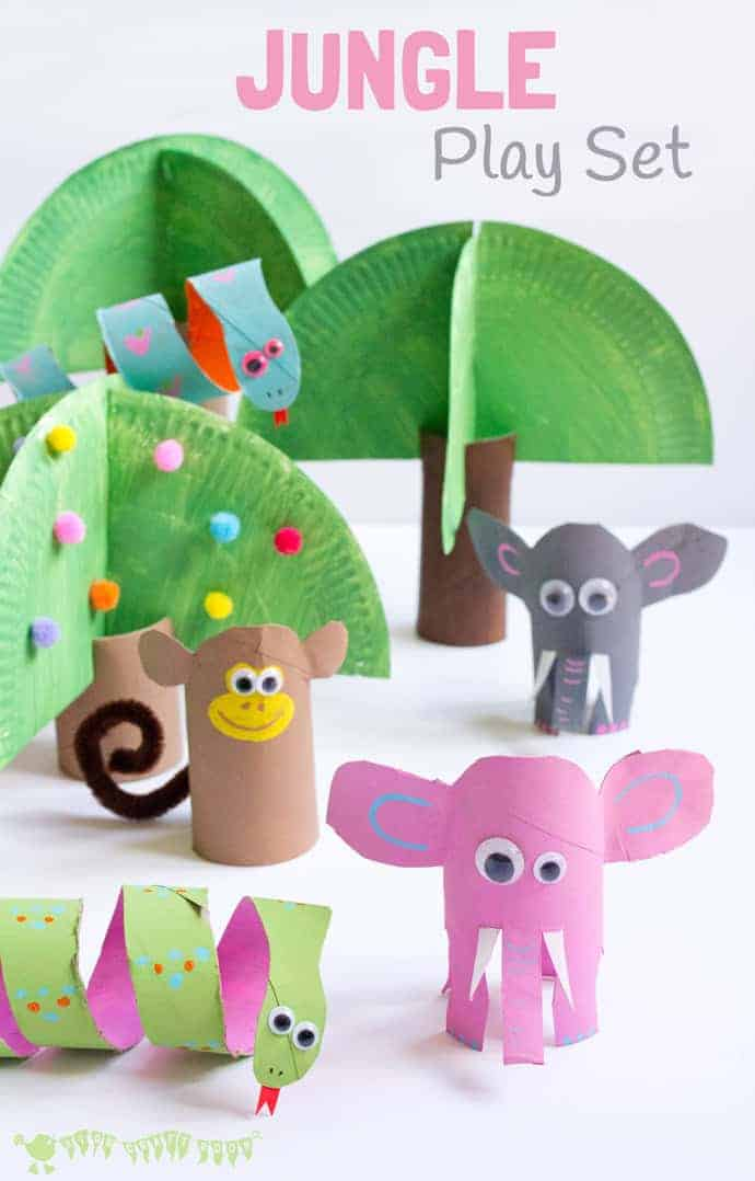 This Jungle Play Set looks amazing and is super easy to make. Such a great way to spark creativity and imaginative play with cardboard tubes! #kidscrafts #junglecrafts #cardboardtubes