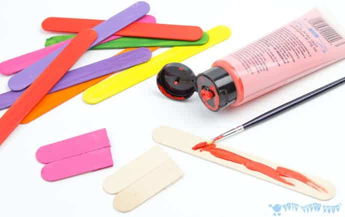 painting-popsicles-sticks-for-mix-n-match-snake-craft