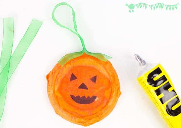 Easy Peasy Pumpkin Craft - stage 6