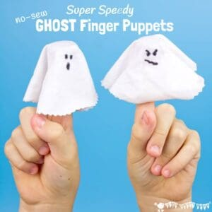 GHOST FINGER PUPPETS - Little fingers are going to wiggle with excitement for these Super Speedy No-Sew Ghost Finger Puppets! They are the perfect last minute Halloween craft. They're great fun for spooky Halloween play or story telling and kids will love popping them on their fingers and playing BOO!