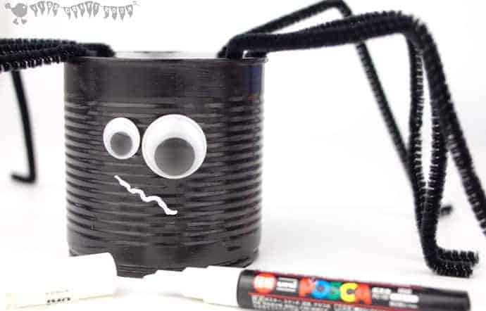 Tin Can Spider Craft step-3
