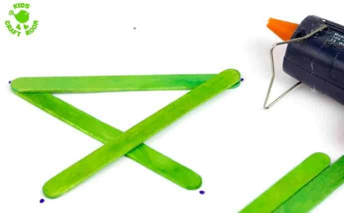 How to make a popsicle stick star step 3