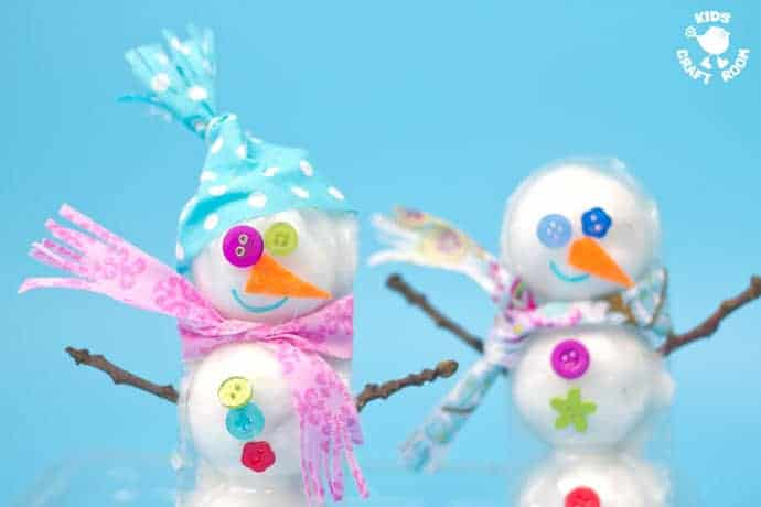 3D COTTON BALL SNOWMAN CRAFT - Here's a snowman idea with a difference! Learn how to make a 3D snowmen that really stand up! This is such a fun Winter craft for kids.