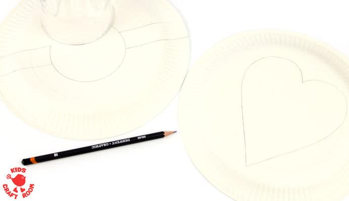 Paper-Plate-Pokeball-Craft-step-1