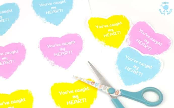 You've-Caught-My-Heart-Paper-Plate-Heart-Craft-step-5