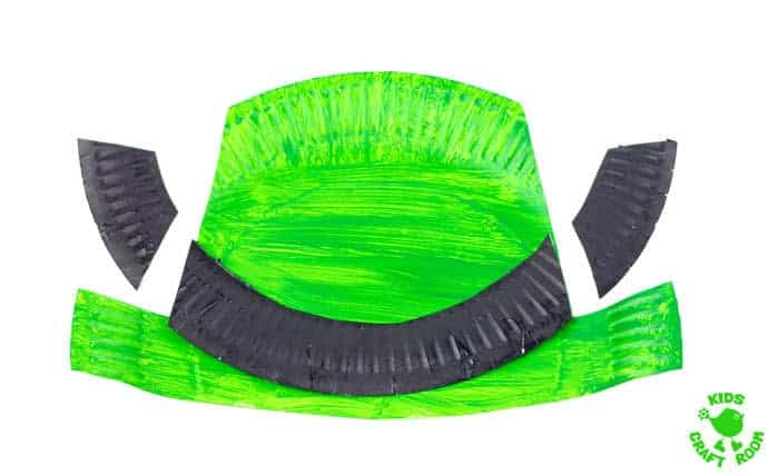 Paper-Plate-and-Handprint-Leprechaun-Mask-step-4
