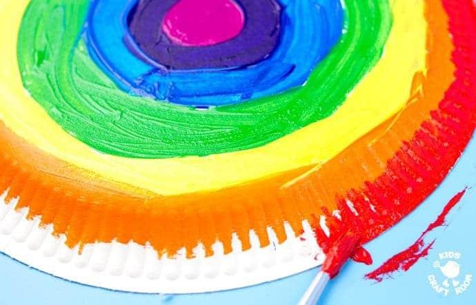 Rainbow-Paper-Plate-Tambourine-step-1