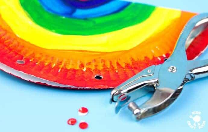 Rainbow-Paper-Plate-Tambourine-step-3