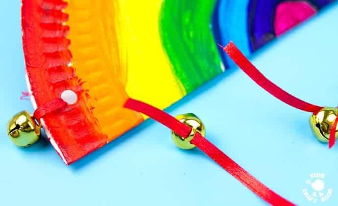 Rainbow-Paper-Plate-Tambourine-step-4