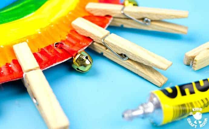 Rainbow-Paper-Plate-Tambourine-step-6