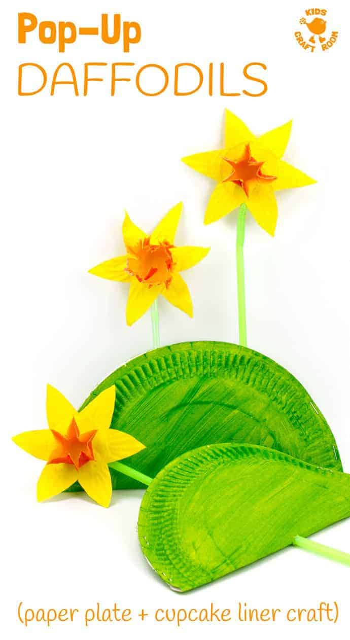 POP UP DAFFODIL CRAFT - A simple Spring craft perfect for Easter or Mother's Day too. This cupcake liner and paper plate flower craft lets kids pretend to grow their own daffodils again and again! So much fun! #springcrafts #mothersday #flowercrafts #kidscrafts #daffodils #daffodilcrafts #paperplatecrafts #craftsforkids #kidscraftroom #easter #spring #daffodils #flowers #eastercrafts