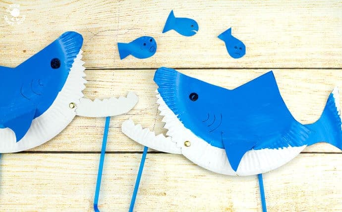 Paper plate shark puppet craft kids craft room for Paper plate puppets templates
