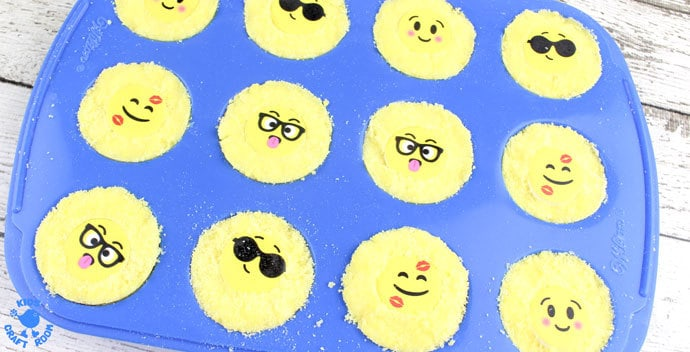Step 5-Emoji Bath Bombs make bath time fun! Homemade bath bombs are easy to make and bring a smile and a giggle to bath time. They're great as homemade gifts for kids to make too!