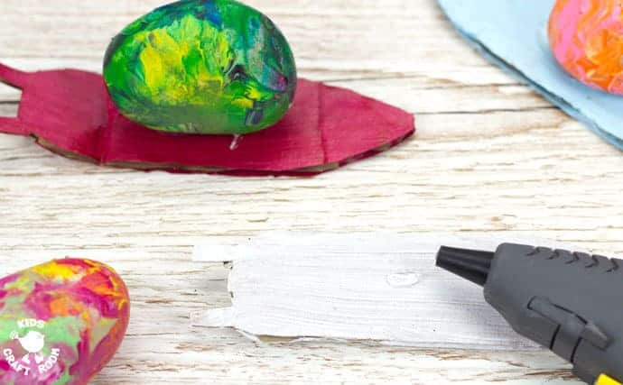 Step 5 - SHAKE PAINTING - CUTE SNAIL ROCK CRAFT- This rock painting idea gets kids active and is virtually mess free! With this cute Snail Craftkids shake out their wiggles and fidgets and create beautifully painted rocks that make perfect snail shells! Grab your rocks, your kids and your wiggles and let's get making cute snails. It is so much fun and each one is unique!