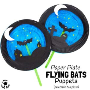 PAPER PLATE BAT PUPPETS - This fun bat craft has a bat puppet for kids to fly in a paper plate theatre back drop! A great bat puppet craft to inspire imaginative play and story telling. With two printable templates to choose from this makes a super Halloween craft or for all year round bat fun. #PaperPlateCraft #HalloweenCraft