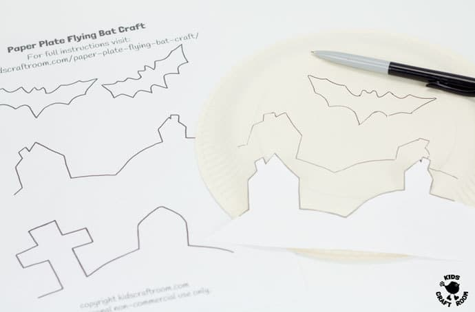 Paper Plate Flying Bat Puppet Craft-step 1