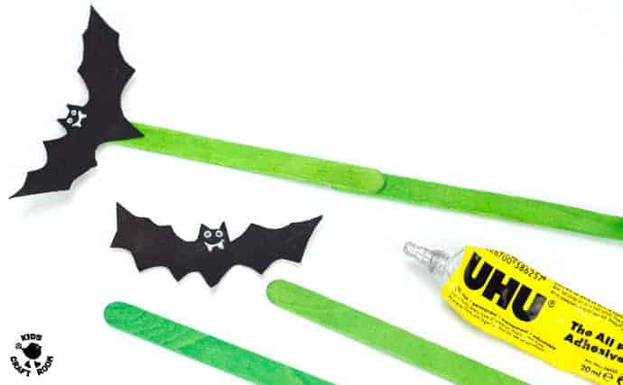 Paper Plate Flying Bat Puppet Craft-step 4