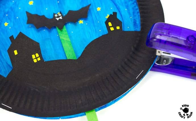 Paper Plate Flying Bat Puppet Craft-step 5