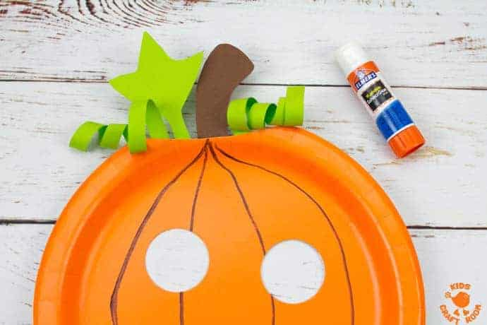 Paper Plate Pumpkin Lacing Craft Step 6