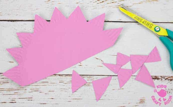 Yarn Wrapped Paper Plate Hedgehog Craft step 3