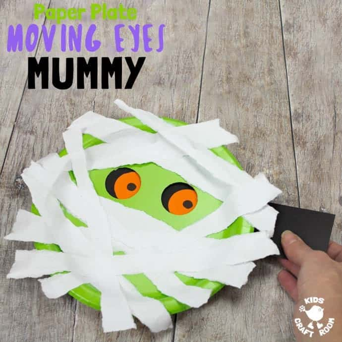 MOVING EYES PAPER PLATE MUMMY CRAFT Halloween crafts are great but interactive Halloween craft ideas are even better! Kids can move this mummy's eyes from side to side! Have you seen mummy craft ideas as spooky and fun as this? This simple paper plate craft is easy enough to make with toddlers and their creepy eyes will make them just as fun for big kids too. #Halloween #Halloweencrafts #mummycrafts #mummycraft #halloweenmummy #paperplatecrafts #kidscrafts #kidscraftroom