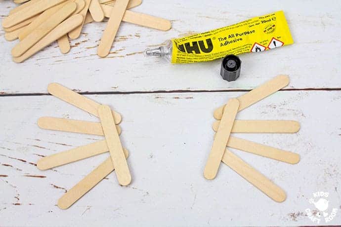 Climbing Popsicle Stick Spider Craft step 1