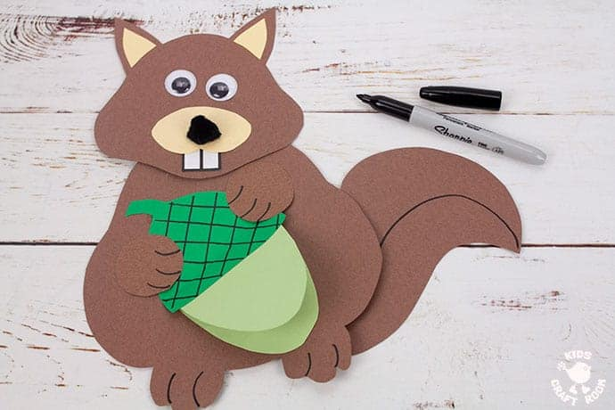 Easy Movable Squirrel Craft step 10