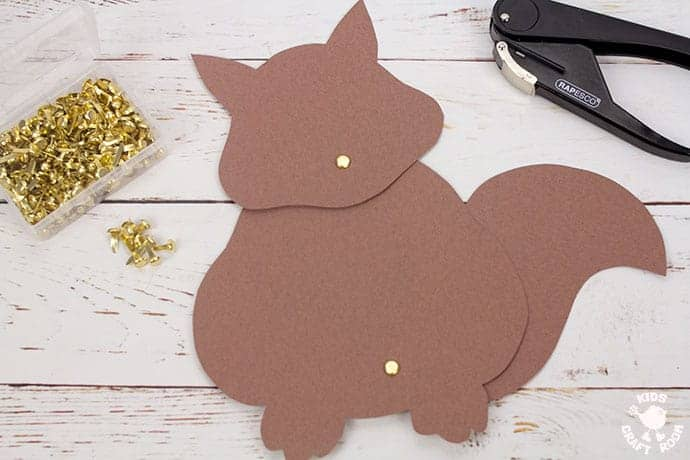 Easy Movable Squirrel Craft step 5