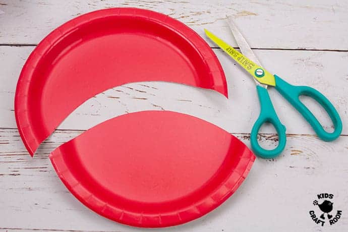 Paper Plate Robin Craft step 1