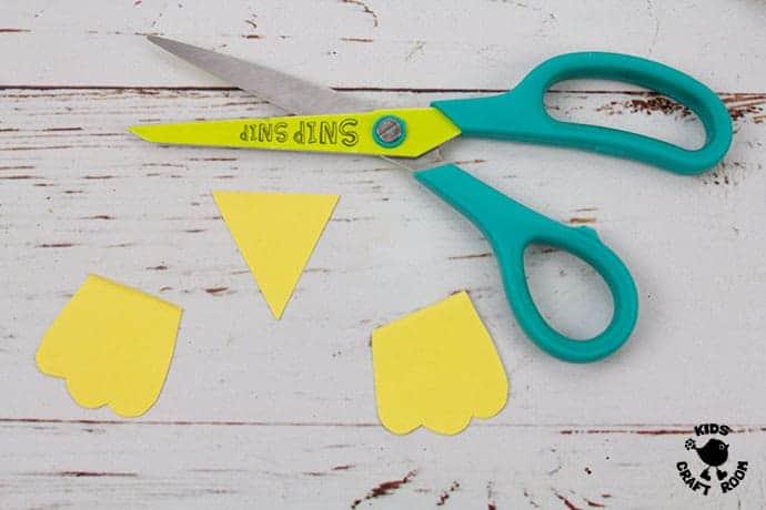 Paper Plate Robin Craft step 5