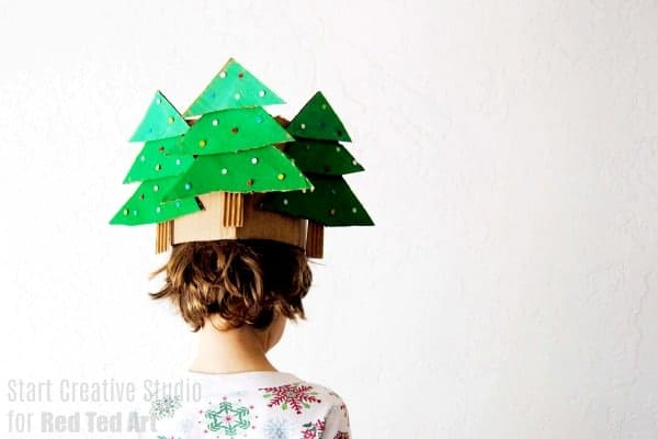 Christmas Tree Hat from Cardboard