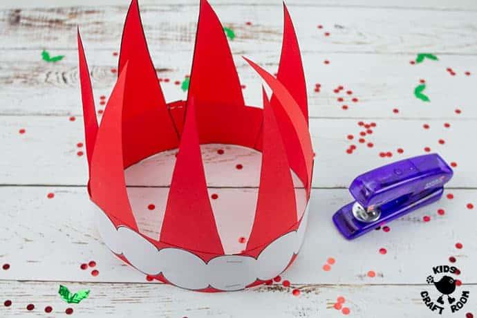 Santa Hat Craft step 5