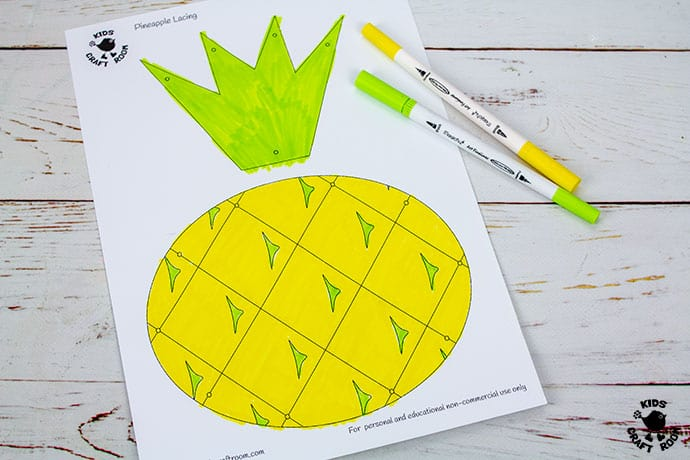 Lacing Pineapple Craft demonstration of step 2