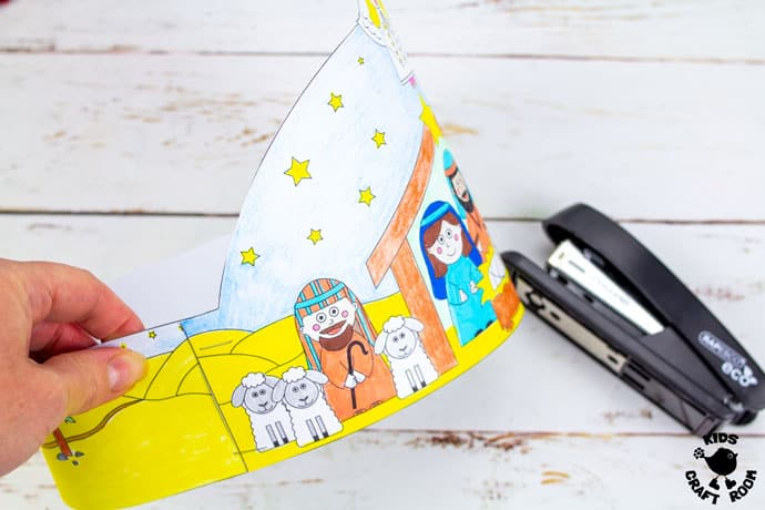 Christmas Nativity Hat Craft step 4
