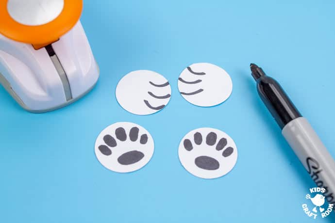 Paper Cup Polar Bear Craft step 5