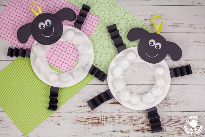 Paper Plate Lamb Wreath Craft finished