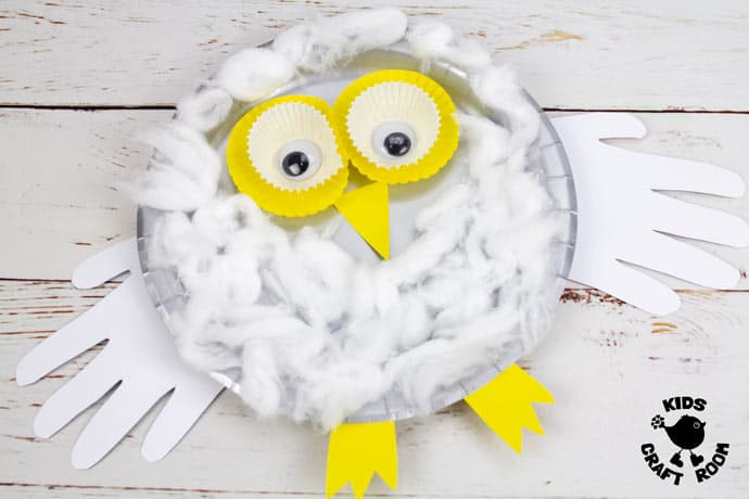 Paper Plate Snowy Owl Craft step 8